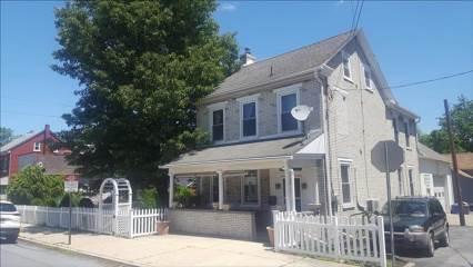 403 Main St, Freemansburg, PA 18017