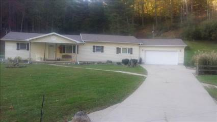 31 Sleepy Hollow Road, West Hamlin, WV 25571