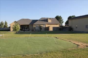 1050 Nw Bluegrass Cir., Mountain Home, ID 83647