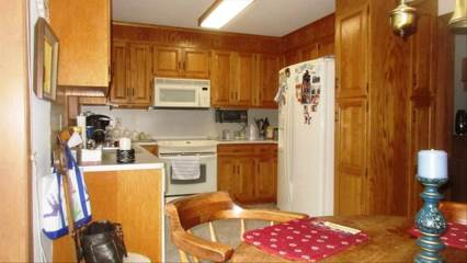302 Hazelnut Hill Road, Groton, CT 06340