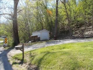 522 Bills Creek Road, Winfield, WV 25213