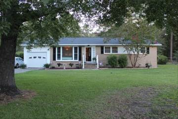 1754 Woods Drive, Florence, SC 29505