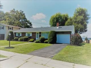 18 S Pearl St, Wernersville, PA 19565