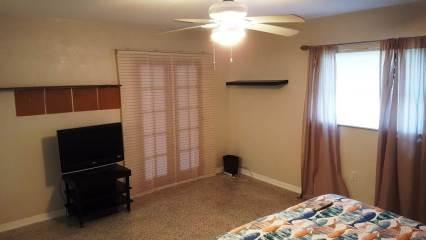 14079 Victoria Rd, Largo, FL 33774