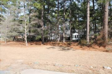 12 Pine Crest Drive, Whispering Pines, NC 28327