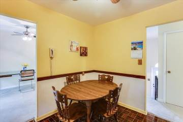 5815 Victor Drive, Sykesville, MD 21784