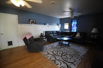 1877 Stonetree Dr, Mountain Home, ID 83647