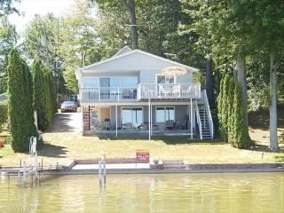 1027 Hess Lake Drive, Grant, MI 49327