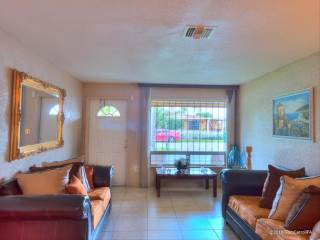 3271 Nw 15Th St, Lauderhill, FL 33311