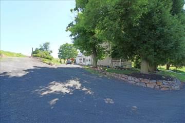 5747  Pa Route 309, Schnecksville, PA 18078