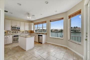 1641 Sand Key Estates Ct, Clearwater Beach, FL 33767