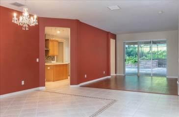 62 Camelot Ridge Drive, Valrico, FL 33569