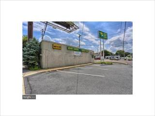 2741 N 5Th Street Hwy, Reading, PA 19605
