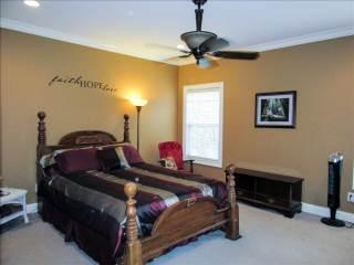 5343 Middlebury Drive, Murfreesboro, TN 37128