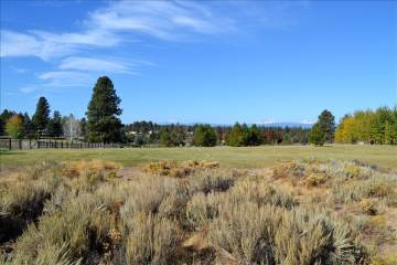 60310 Windsong Lane, Bend, OR 97702