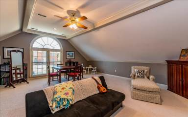 609 Sedgley Dr, Knoxville, TN 37922