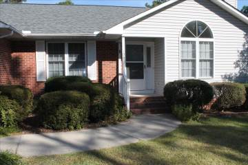 109  Sunset Way, West End, NC 27376