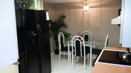 10450 Village Dr, Seminole, FL 33772