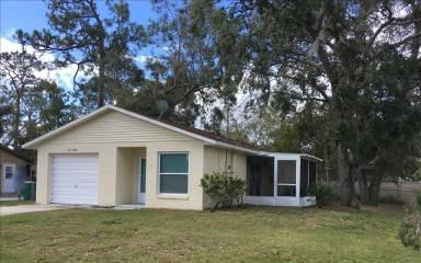 2194 James Dr., Saint Cloud, FL 34771