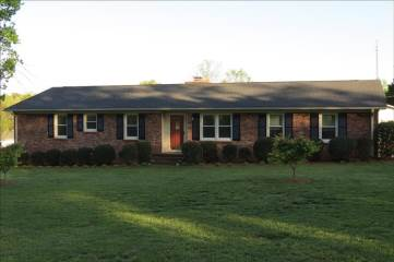 8 Lister Rd, Taylors, SC 29687