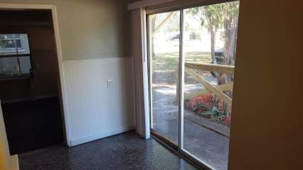 9097 Orchid Dr, Seminole, FL 33777