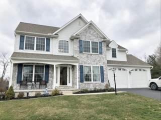 206 Creekwood Drive, Jacobus, PA 17407