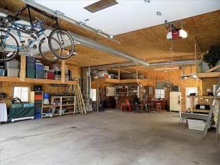 16604  Port Sheldon St, West Olive, MI 49460