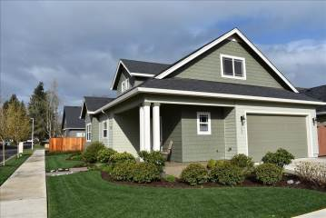 703 Nottingham Ave., Eugene, OR 97404