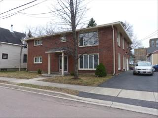 502 Robinson St, Moncton, NB E1C 5