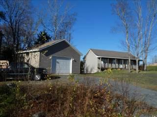 570 Lakecrest Dr, Middle Sackville, NS B4E 3