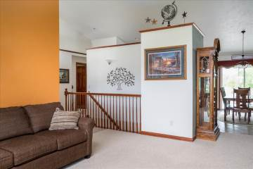 2625 Towerview Dr, Neenah, WI 54956