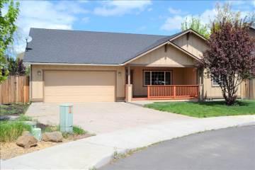3355 Ne Crystal Springs Drive, Bend, OR 97701