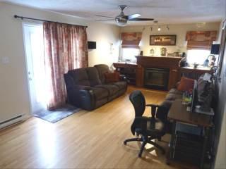 35 Manor Ridge Dr, Lower Coverdale, NB E1J 1