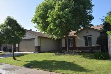 3204 Plantation Ct, Modesto, CA 95355