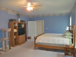 4239 Levans Rd, Schnecksville, PA 18078