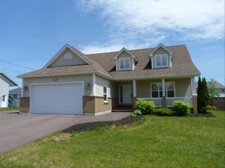 79 Twin Oaks, Moncton, NB E1G 0