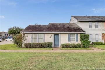 Photo of 10115 Lomita Drive  Shreveport  LA