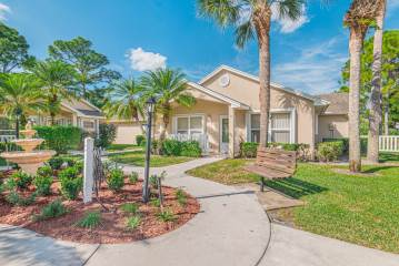 Photo of 530 NW San Remo Circle  Port Saint Lucie  FL