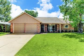 Photo of 4315 Townes Forest Road  Friendswood  TX
