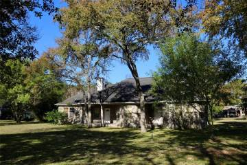 Photo of 5301 Magnolia Trail  Navasota  TX