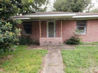 Photo of 1502 W Phillips Street  Alvin  TX