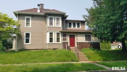 Photo of 927 13TH Avenue  Moline  IL