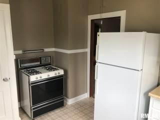 2608 Wilkes Avenue, Davenport, IA 52804