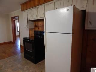 1556 Sid Darnall Rd, Benton, KY 42025
