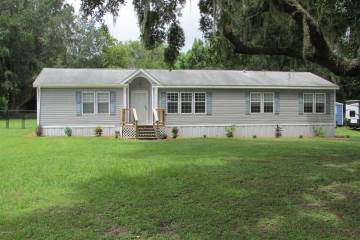 Photo of 18040 NE 24 Avenue  Citra  FL