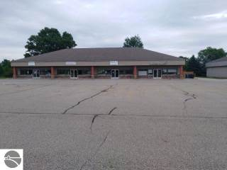 Photo of 1324 W State Road  Belding  MI