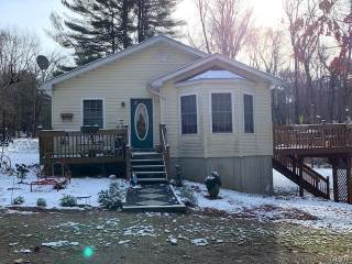 Photo of 742 Quill Court  Chestnuthill  PA