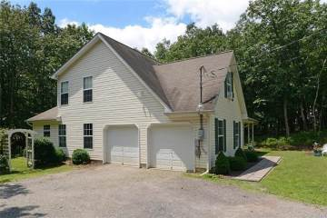 64 Iowa Road, Penn Forest, PA 18210