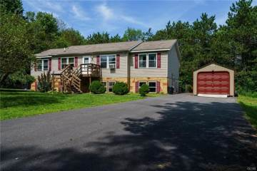 Photo of 224 Bear Medicine Circle  Chestnuthill  PA