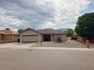 3654 Ironwood Ave, Alamogordo, NM 88310